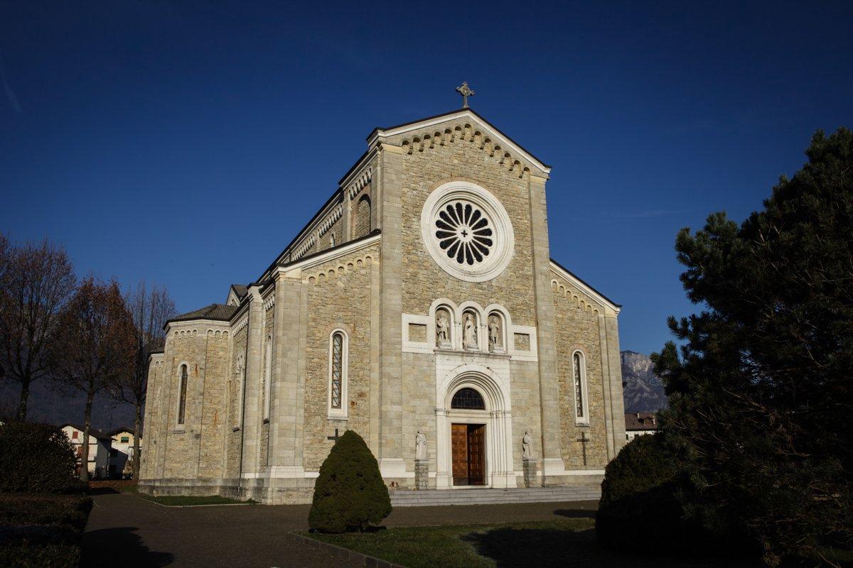 battesimo-chiesa-sedico-0036-_MG_9978