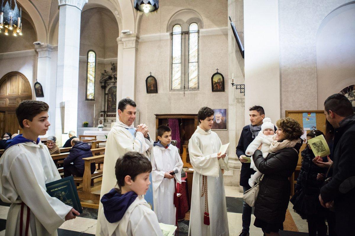 battesimo-chiesa-sedico-0039-_MG_0017-8