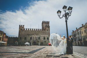 foto di matrimonio in piazza a marostica